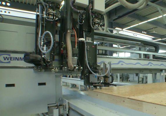 Modulgerät Heftklammernagler in Weinmann-Maschine befestigt Holz