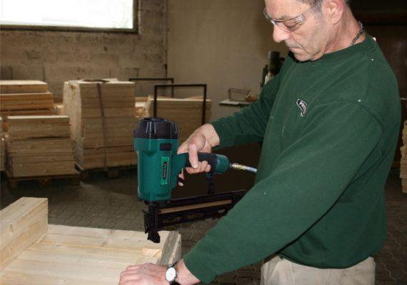 Druckluftnagler für Holzeinsatz