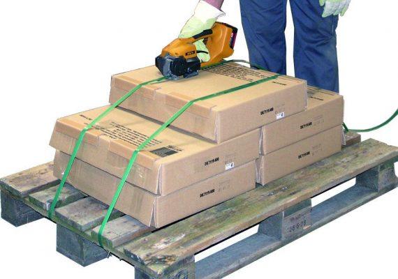 Strapex STB 70 umreift Palette